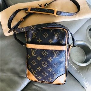 🌺Louis Vuitton Danube Crossbody 🌺🌺🌺🌺🌺🌺🌺🌺